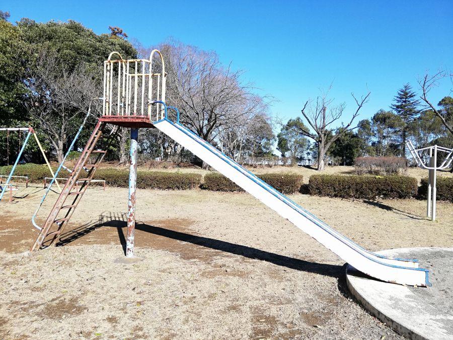 大崎台公園のすべり台