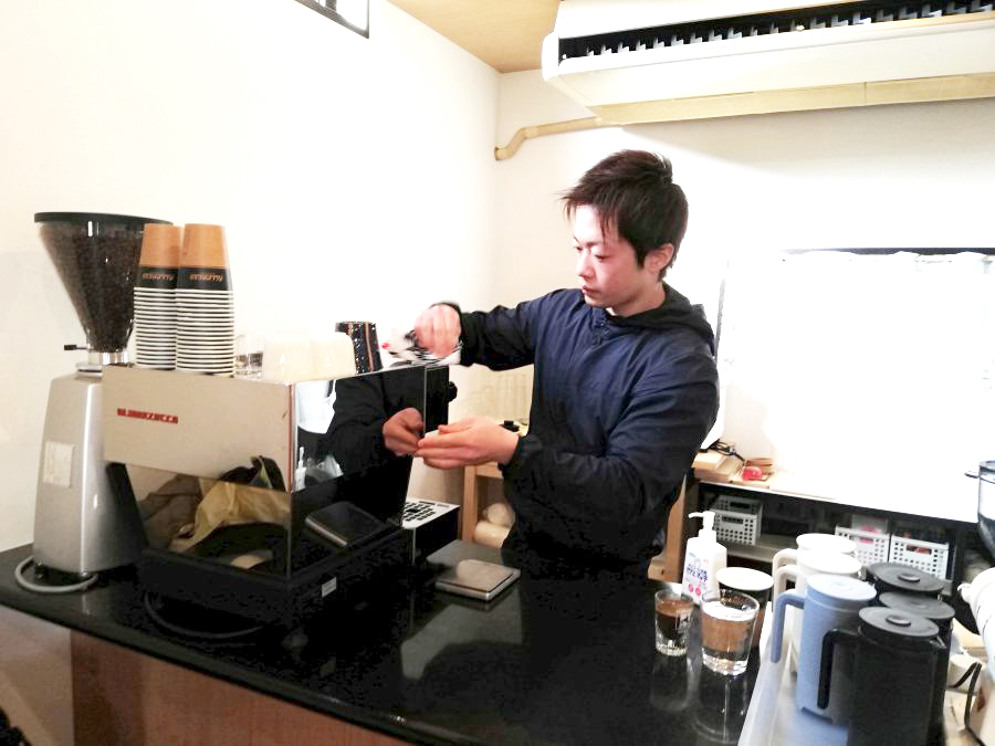 sakura coffeeの店主