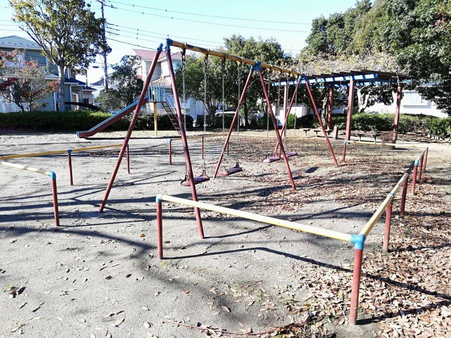 若宮台公園のブランコ