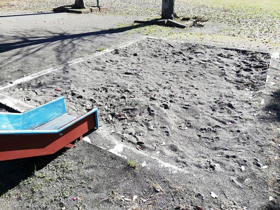 若宮台公園の砂場
