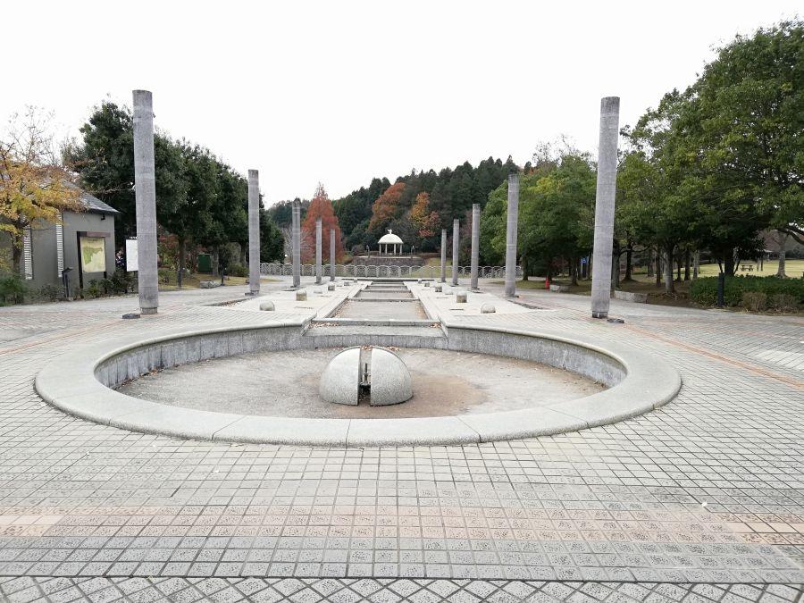 七井戸公園のタージマハルみたいな入口