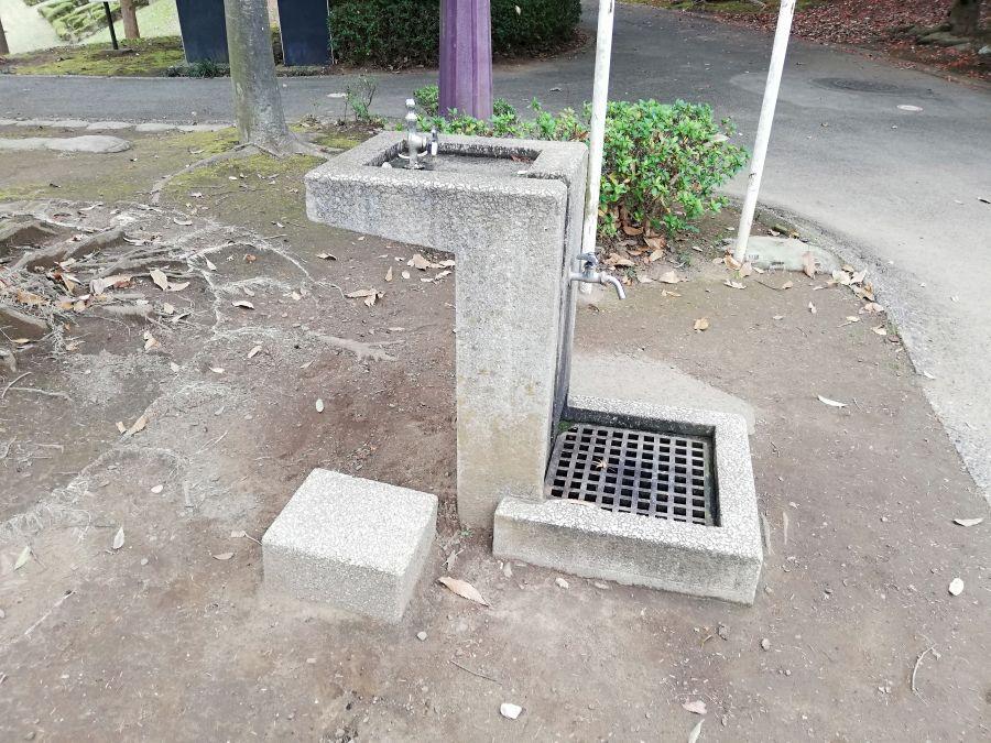 七井戸公園の公衆トイレ