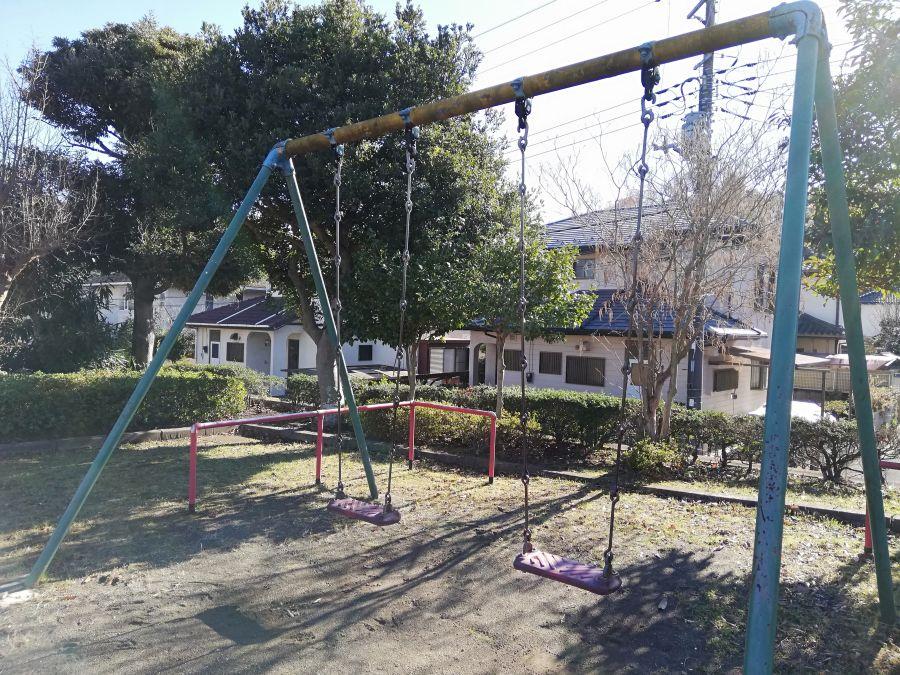 藤治台西公園のブランコ