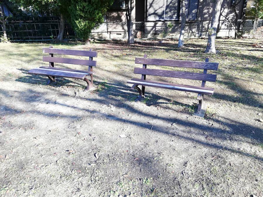 佐倉市 町田児童公園のベンチ