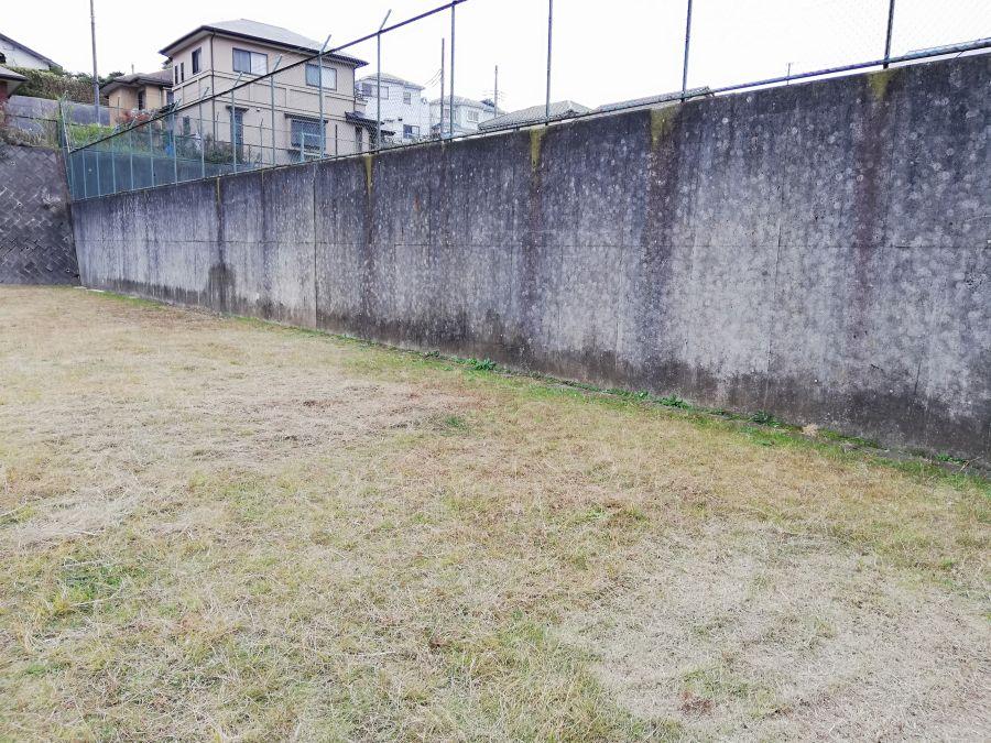 佐倉市千成2号公園の壁