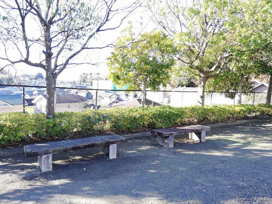 佐倉市 みはらし公園のベンチ