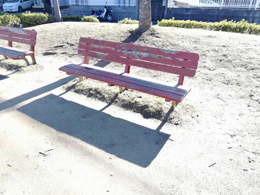 山ノ下公園のベンチ