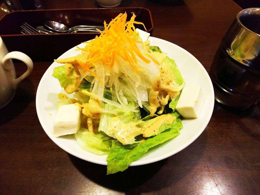 佐倉市 キングス ハンバーグセット サラダ