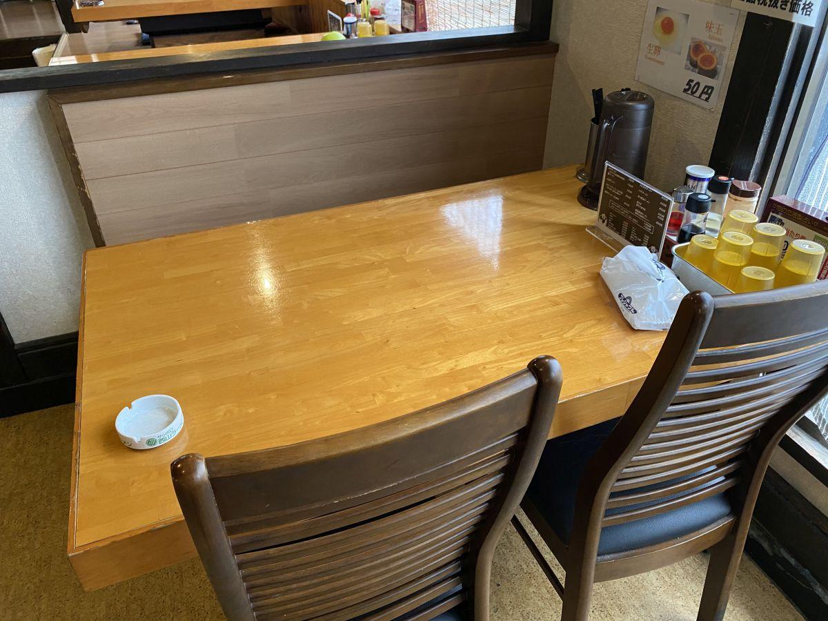 帯広ロッキー テーブル席