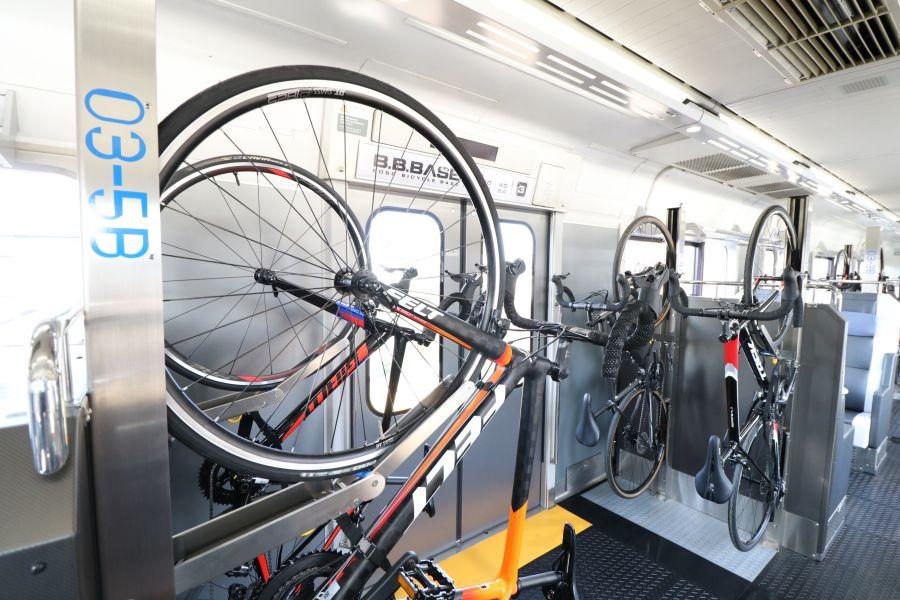 2020年10月 サイクリング列車 B.BBASE 佐倉駅 定期運航開始 車内