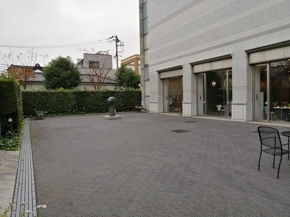 佐倉市立美術館の中庭